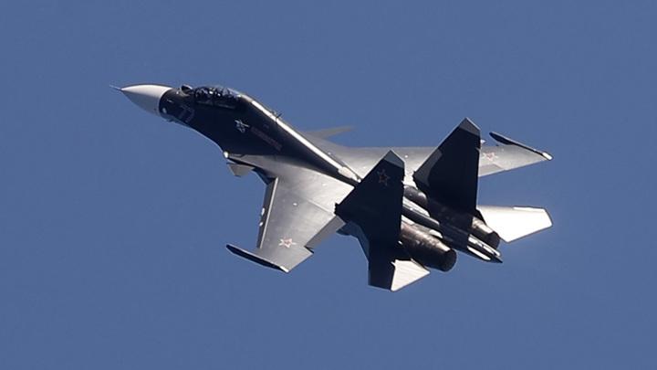 """Истребитель Су-30 отогнал от российской границы французские """"Миражи"""""""