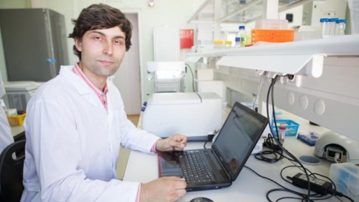 Павел Мусиенко (на фото) с коллегами создал технологию, способную поставить парализованных на ноги.