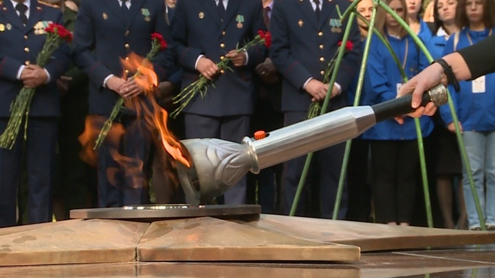 В Смоленске в День города зажегся Вечный огонь