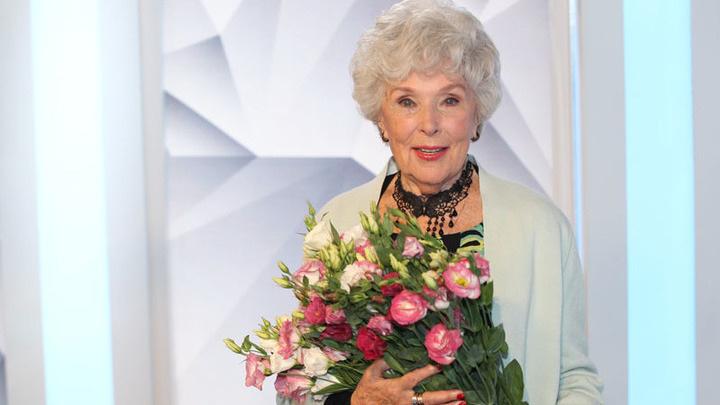 Вера Васильева отмечает день рождения