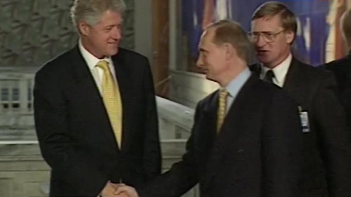 """Переговоры Путина и Клинтона после гибели """"Курска"""": был выбор """"между плохим и худшим"""""""