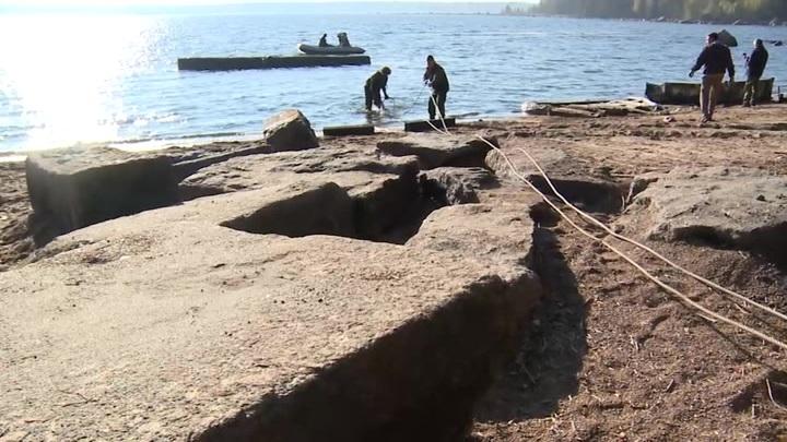 Со дна Финского залива подняли уникальный сорокатонный артефакт