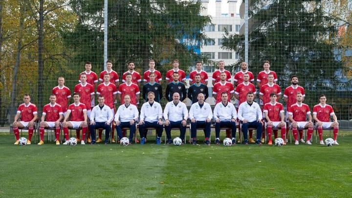 Сборная России по футболу осталась на 39-м месте в ежемесячном рейтинге ФИФА