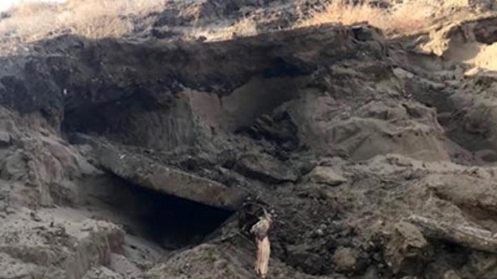 В Волгограде под упавшей бетонной плитой погиб 12-летний школьник