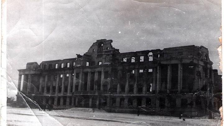 """г. Великие Луки, 1943 год, площадь Ленина, фото из архива газеты """"Великолукская правда"""""""