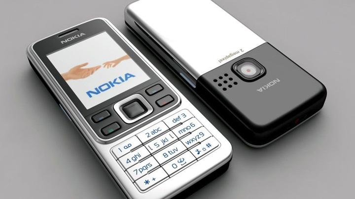 """СМИ: Nokia """"оживит"""" два легендарных мобильника"""