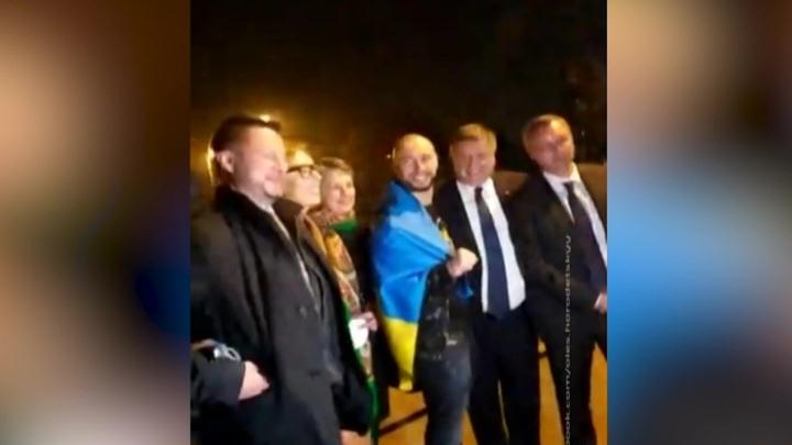 Аваков встретил Маркива на выходе из тюрьмы