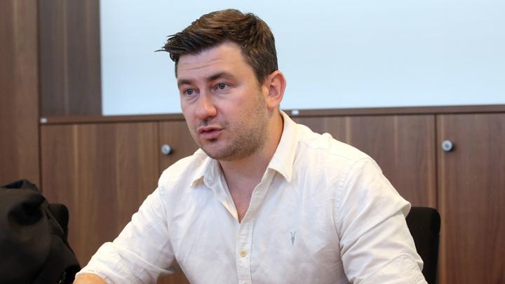Диктант Глуховского: Россотрудничество открестилось от услуг сомнительного автора