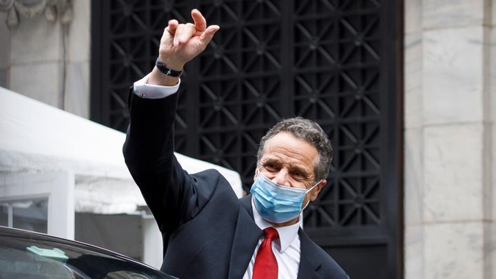 Секс-скандал с губернатором Нью-Йорка: подробности обвинений