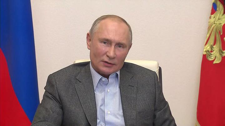 Экспромт президента: Путин осчастливил детей