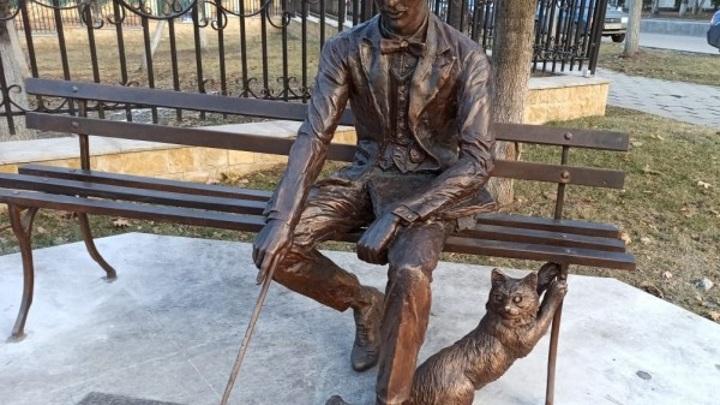 В Кисловодске появился памятник первому архитектору города