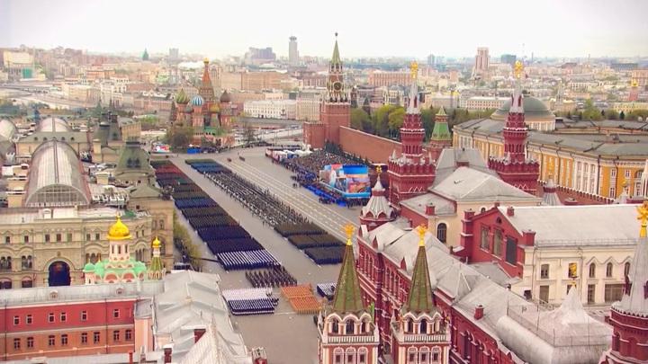 Владимир Путин назвал достойным проведение Парада Победы в 2020 году