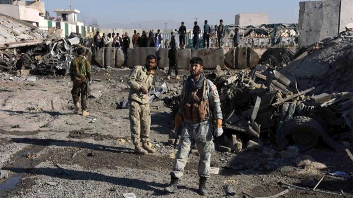 По аэропорту Кандагара в Афганистане выпущено три снаряда