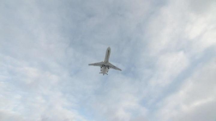 Вылетевший в Петербург самолет возвращается в Сочи