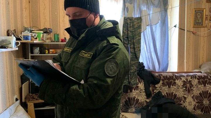 Житель Саратова обнаружил в квартире мертвого брата