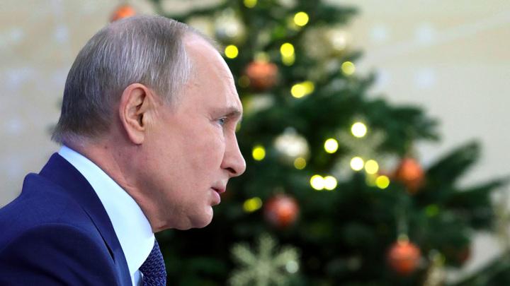 Путин поговорил по телефону с президентом МОК