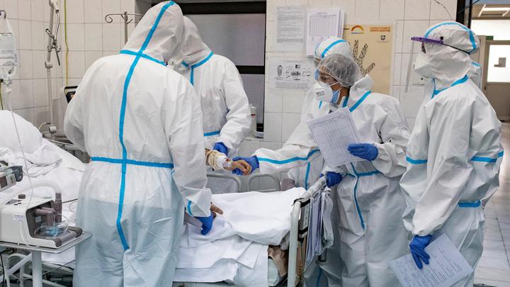 Число заразившихся COVID-19 в Москве возросло за сутки на 3 818