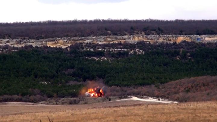 В Севастополе уничтожили шесть авиабомб и одну глубинную