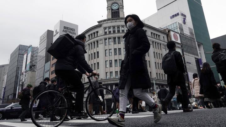Власти японской Осаки запросят режим ЧС из-за роста заражений COVID