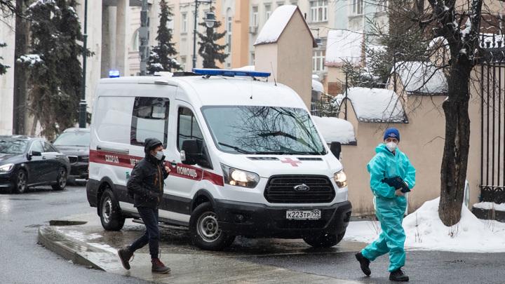 Собянин: эпидемия коронавируса в Москве пошла на спад
