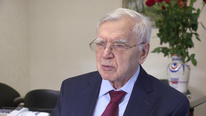 Главный комсомолец, дипломат, замминистра: умер Борис Пастухов