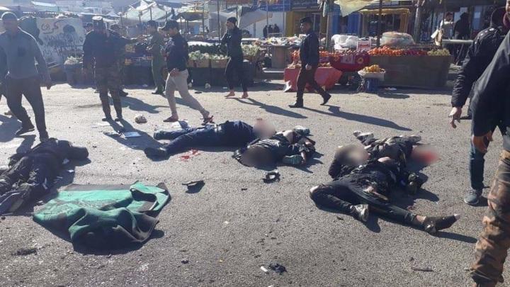 Более 20 человек погибли во время двойного теракта в центре Багдада