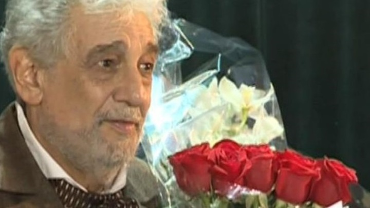 Пласидо Доминго принимает поздравления с юбилеем
