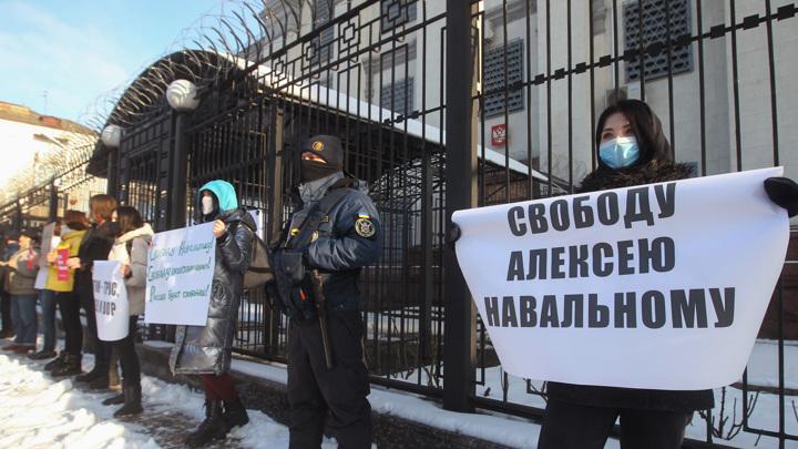 Киевская полиция сообщила об инциденте у посольства России