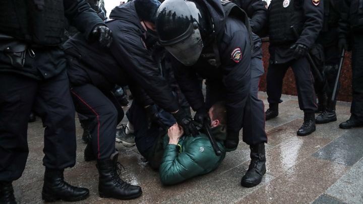 СЖР уточнил данные о задержанных журналистах