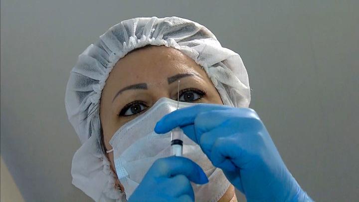 Подана заявка на регистрацию в РФ российско-китайской вакцины от ковида