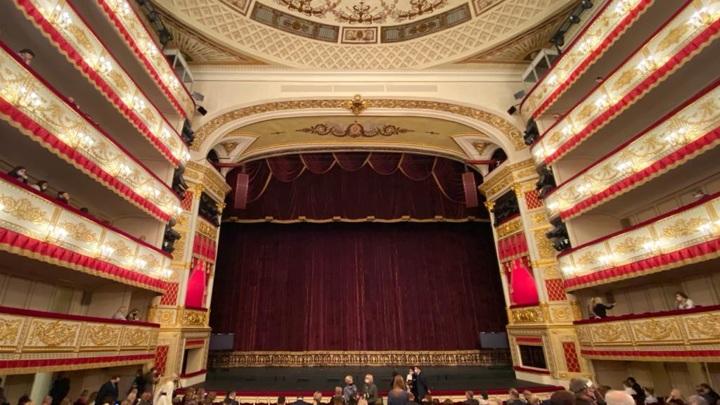 Количество зрителей втеатрах Санкт-Петербурга разрешено увеличить до75%