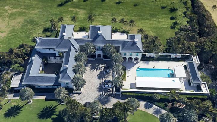 Загадочный россиянин купил самый дорогой дом во Флориде