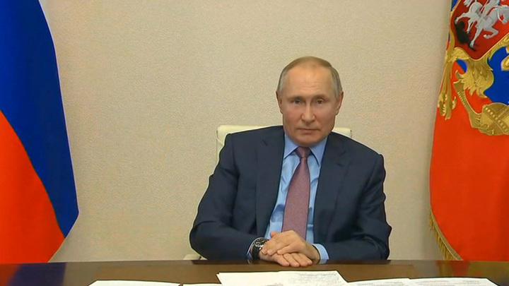 Донбасс, коронавирус, будущее страны: главные темы беседы Путина с журналистами