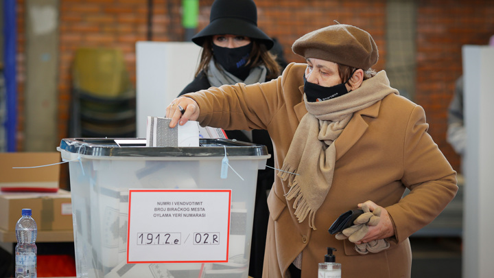 Завершились выборы в косовский парламент