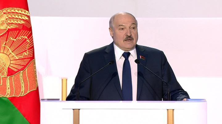 Белоруссия разместит в РФ облигации на 100 млрд российских рублей
