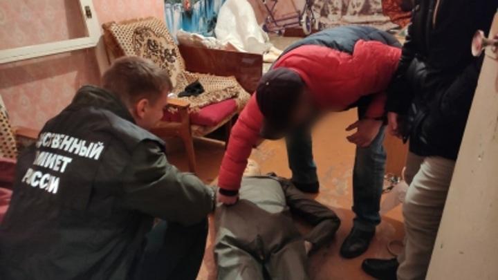 В Саратовской области мужчина убил мать из-за спрятанного телефона