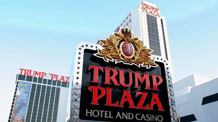 """В Атлантик Сити снесли 39-этажное казино """"Трамп-Плаза"""""""
