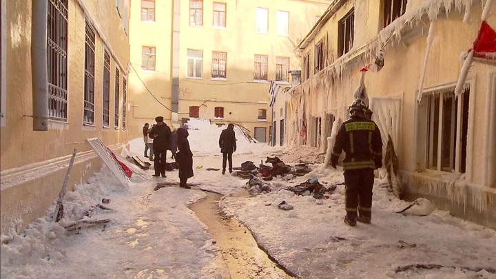 Пожар в хостеле: нерабочие огнетушители и сигнализация