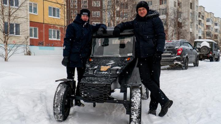 Двое школьников сами собрали автомобиль дешевле 30 тысяч рублей