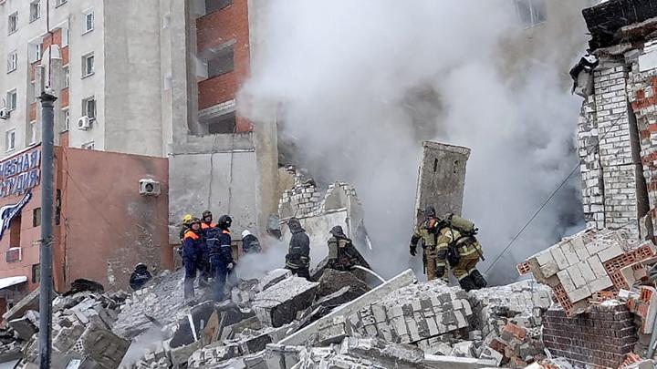 Из-под завалов в Нижнем Новгороде извлекли мужчину