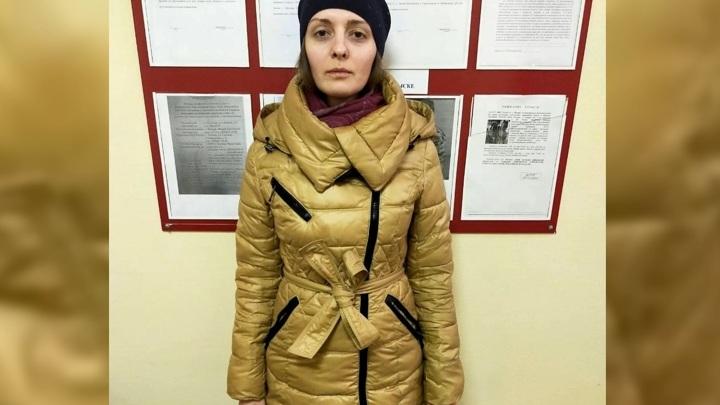 Неадекватная женщина побила двух детей в Подмосковье