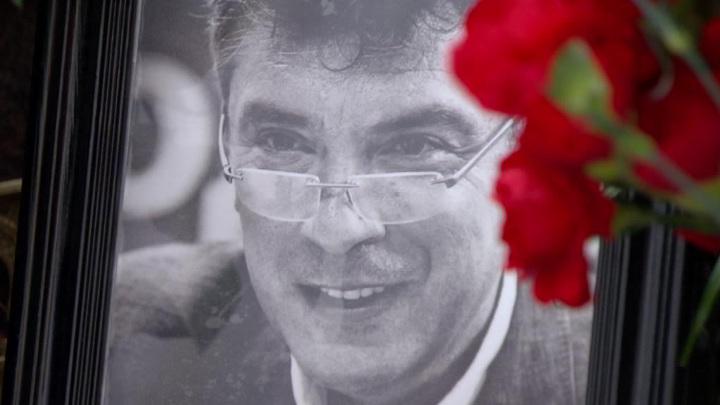 Иностранные дипломаты не пришли на могилу Немцова