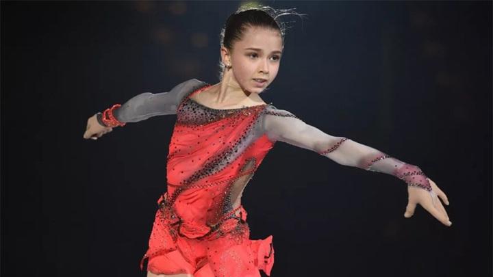 Валиева идет на рекорд. Фигуристка лидирует в Кубке России