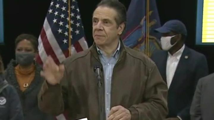 Губернатора Нью-Йорка Эндрю Куомо снова обвинили в домогательствах