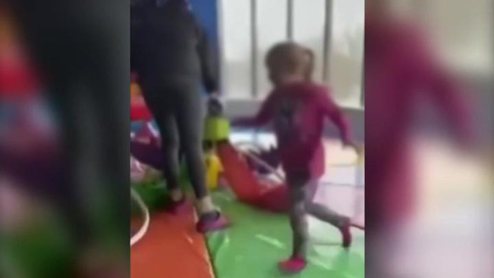 Пострадали трое детей: подробности инцидента в московском ТРЦ