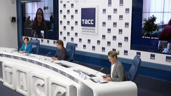 Опрос: большинство россиян не хотели бы работать под руководством женщин