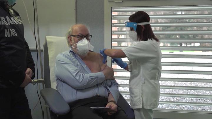 Мы не злорадствуем: Путин пожелал успеха иностранным разработчикам вакцин
