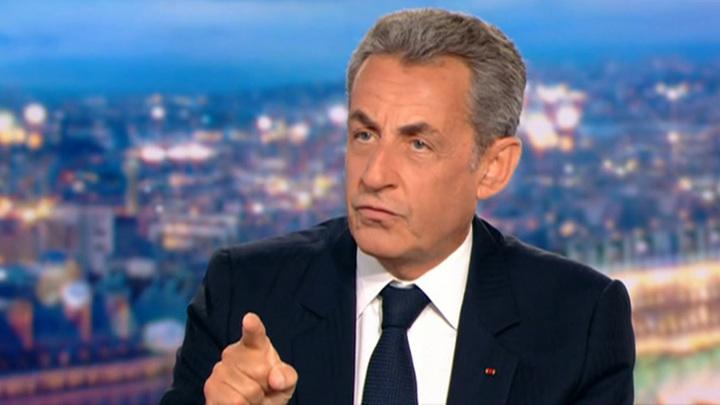 Саркози готов к бою, но пока его ждут лишь арест и электронный браслет