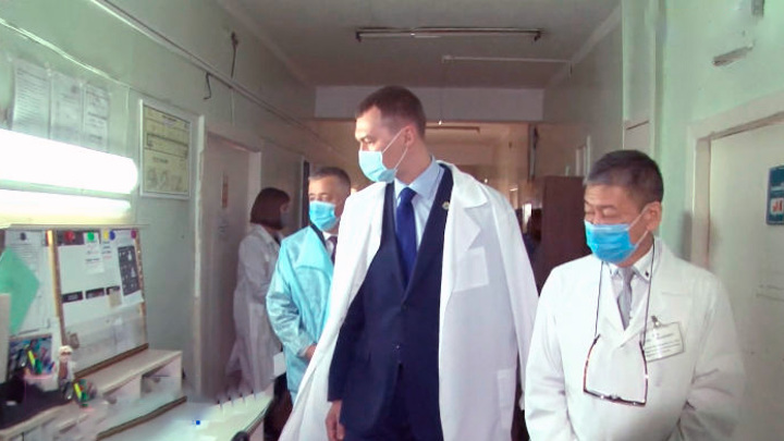Хабаровский губернатор проконтролирует лекарственное обеспечение в Амурском районе