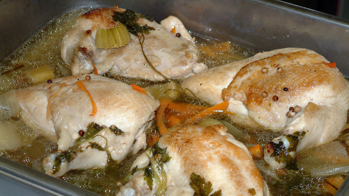 Эксперт: цены на мясо птицы снизятся в апреле-мае